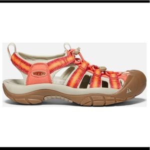 KEEN Newport H2 Coral/Safari Sandal NEW 8.5